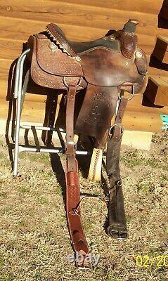 15.5 16 HR Custom Saddles Western Roping Pleasure Trail Saddle Rigged to Ride