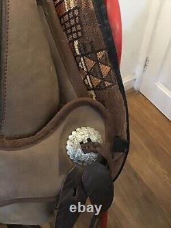 Barefoot Arizona Western Treeless Saddle Aztec Grandeur Saddle Pad