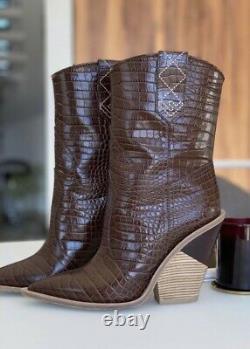 Gorgeous Authentic Fendi Cowboy Brown Croc Embossed Leather Boots Sz EU 39 US 9