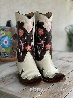Old Gringo Boots Golondrina Pink Birds & Hearts Size 9