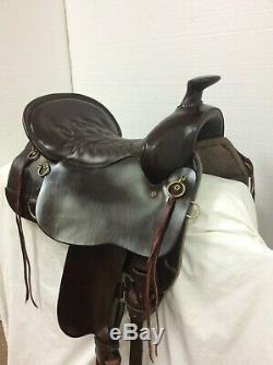Tucker 260-720-5211-20 171/2 Used Western Trail Saddle Full Bar. CHRISTMAS SALE