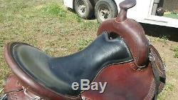 Dixieland Gaited Selle Western 16 Seat Grande Forme