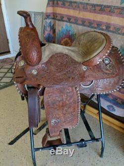 Nice 15,5 Ouest Tous Les Plaisirs De Sentiers De Barils De Lasso Autour De Selle Ranch Cowboy